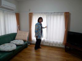 1階のダイニングルーム。「テレビは新たに購入しましたが、ソファは木幡さんから譲ってもらったものなんです」と、庄司さん